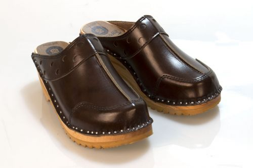 Women's Troentorp Clogs. Durer. Cola Brown 112586