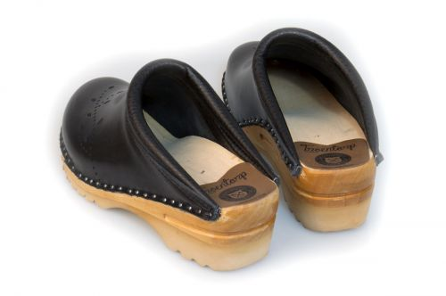 Women's Troentorp Bastad Clogs. O'Keeffe. Black Leather 112561